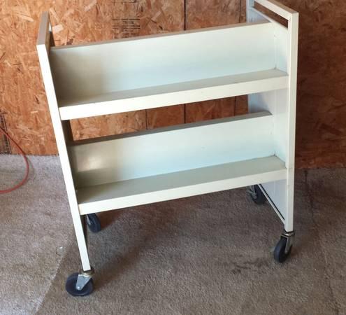 Mobile rolling metal bookshelf bookrack bookcase - $50 (Soap Lake)