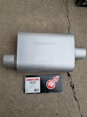 Photo New cherry bomb pro muffler 3quot - $25 (Union - la grande)