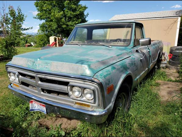 Photo Parting out 1970 GMC cer special 34 ton 2wd sbc 350 automatic - $1 (Baker City)