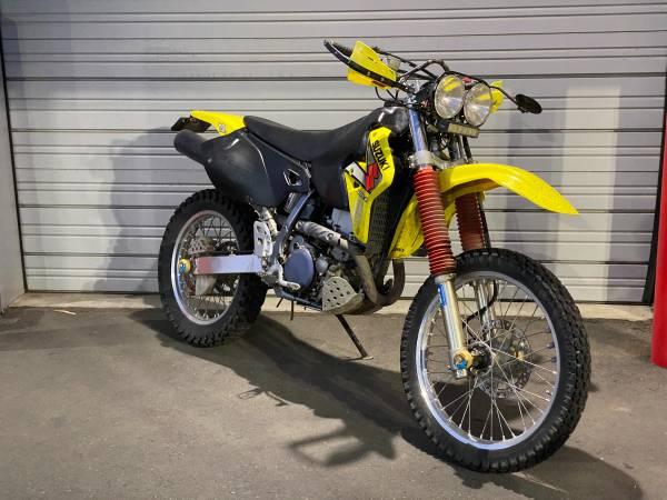 Photo Plated wclean title 2003 Suzuki DR-Z 400 - $3,200 (Bend)