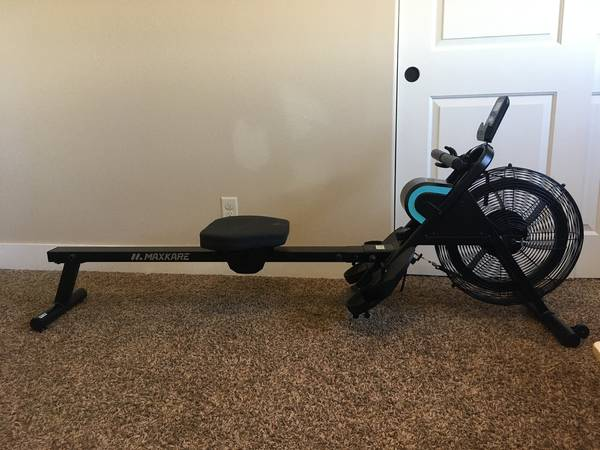 Photo Rowing Machine (Air Resistance) Foldable Rower for Home Use LIKE NEW - $175 (Hermiston)