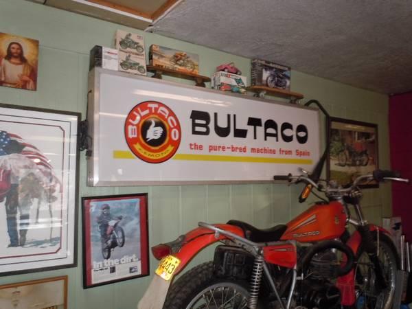 Photo WTB- anything bultaco, maico, bsa, triumph, cz, husky, ktm , or  (oregon)