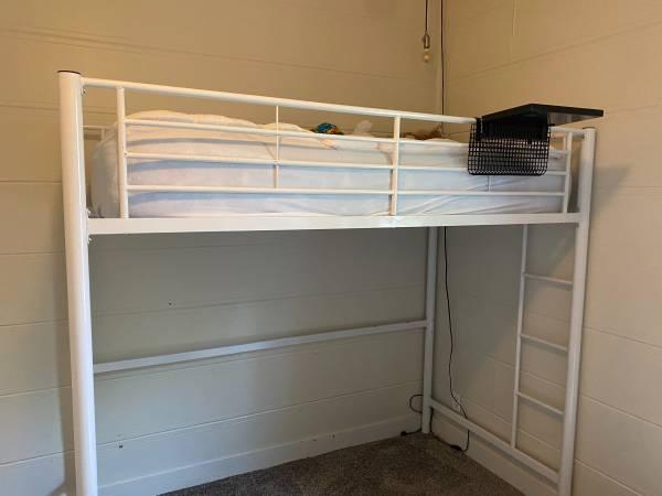 Photo White loft bed - $175 (Baker City, Or)