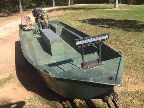 Photo 1739 Mud Boat w ProDrive Motor - $6,900 (Quitman, TX)