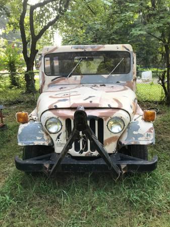 Photo 1983 Jeep dj5 - $2,500 (Tyler)