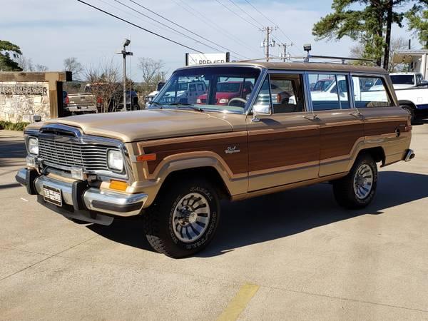 Photo 1984 JEEP GRAND WAGONEER 4wd  146k miles - $24,000 (Tyler, Texas)