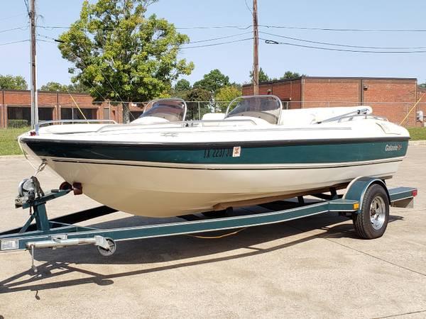 Photo 2003 Galaxie Deck Boat - $10,000 (Tyler)