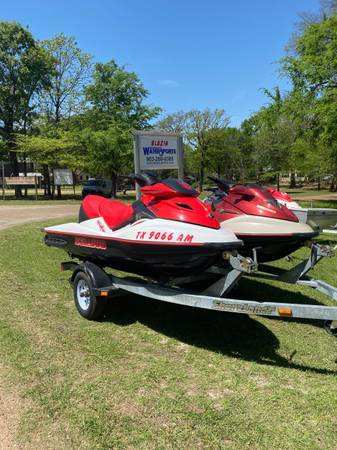 Photo 2007 SeaDoo GTX 155 Wake Edition and 2002 GTX 155 LTD - $12,000 (Cedar Creek Lake)