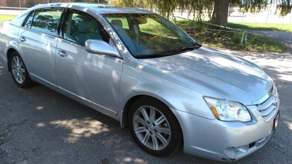 Photo 2007 Toyota Avalon Limited Edition - $6,937 (Tyler, TX)