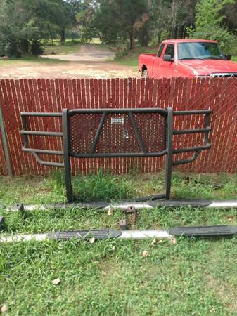 Photo 2014-2015 chevy ranch hand grill guard - $250 (New London)