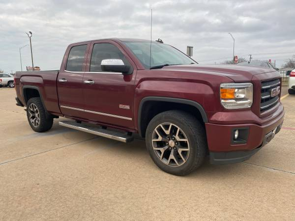 Photo 2015 GMC SIERA WE CAN HELP FREE WARRANTY NEWER CARS IN HOUS - $2500 (Forney)
