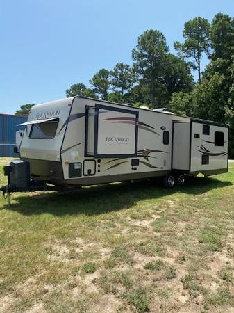 Photo 2015 Rockwood by Forest River 2703WS - $20980 (LINDALE, TX)