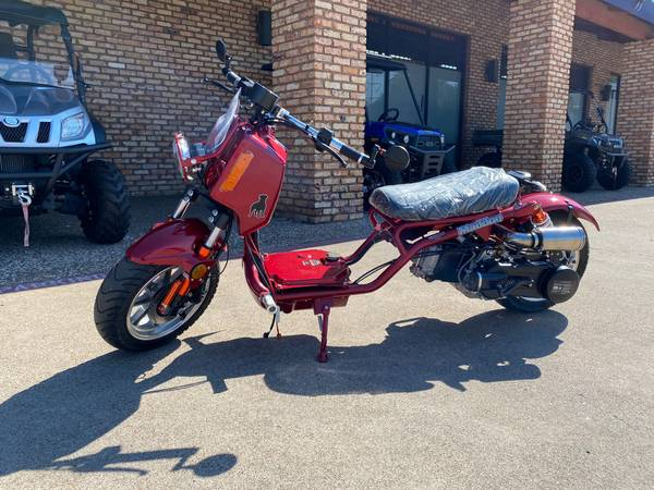 Photo 2021 New Model Gen IV MAD DOG 150cc SCOOTER IN STOCK AVAILABLE - $1,999 (Call 469 669 1313 ask for TACORY)