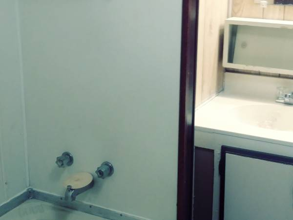 Photo 2 BR Mobile Home for Sale. Closing Mobile Home Park. (LONGVIEW, TX)