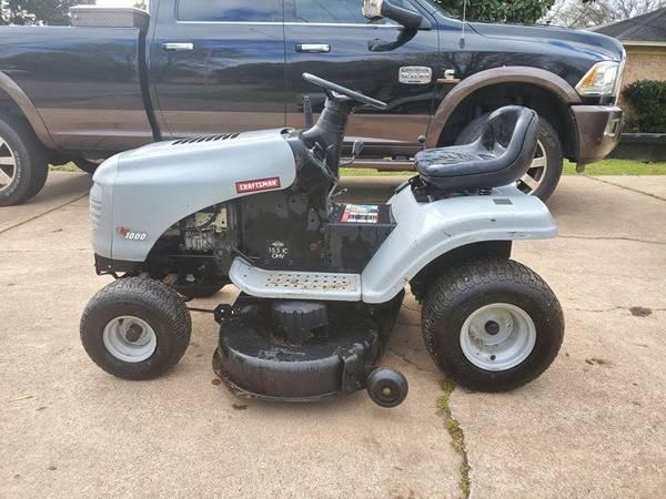 Photo 42 Craftsman 17hp Riding lawn mower - $500 (Mineola)