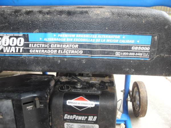 Photo 5000 WATT GENERATOR - $350 (TYLER)