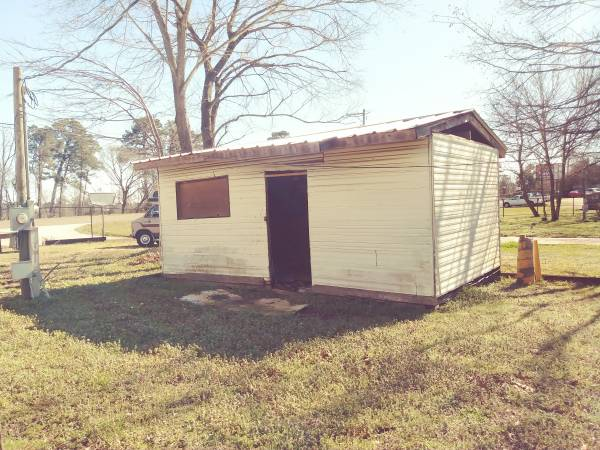 Photo Almost Free. 1 or 2 sheds plus many other items and MH and RV for sale - $250 (Longview, Texas)