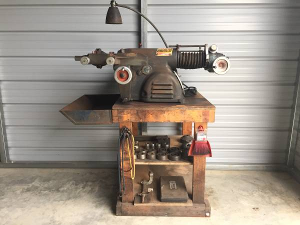 Photo Ammco 4000 Brake Lathe Disc And Drum With All Adaptors Works Great - $2,000 (Edgewood, Tx)