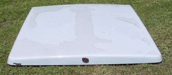 Photo FIBER GLASS BED COVER FOR CHEVROLET TRUCK - $200 (Sulphur Springs)