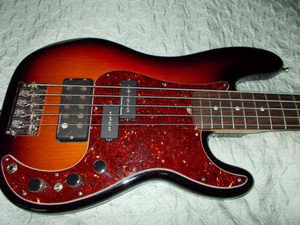 Photo Fender American Standard Precision  Jazz Bass - $1500 (Gladewater)