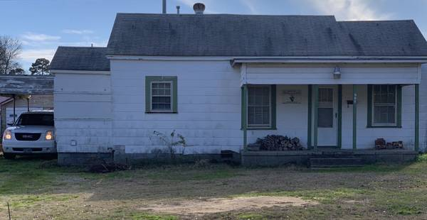 Photo Free House (to be moved) (Longview (Pine Tree Area))