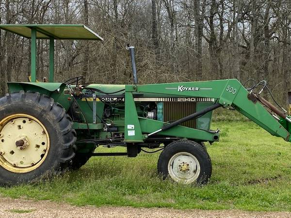 Photo John Deer 2940 - $10500 (Mabank Area)