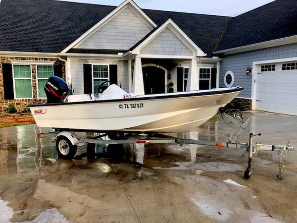 Photo NICE 2003 BOSTON WHALER 150 SPORT BOAT MERCURY 60 HP FOUR STROKE - $10950 (Tyler Tx)