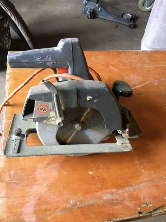 Photo Old black  decker saws - $5 (Tyler)