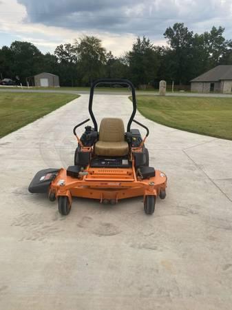 Photo Scag freedom Z 61 inch zero turn - $4,500