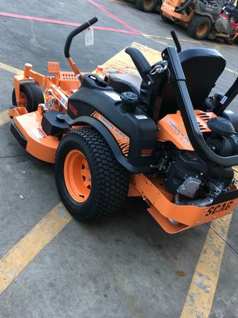 Photo Tiger cat commercial mower (Big sandy)