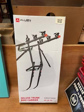 Photo Allen Sports Deluxe Trunk 3 Bike Carrier NEW IN BOX  - $35 (Whitehouse)