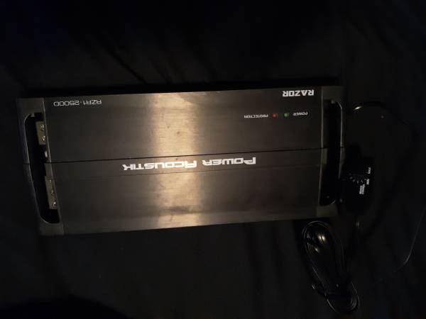 Photo new, never used POWER ACOUSTIK RAZOR RZR1-2500D AMP - $75 (East Texas area)