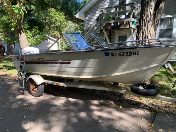 Photo 16 ft Starcraft Aluminum open bow boat - $3,000 (Menomonie)