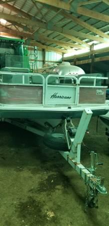Photo 1987 Tri Hull Boat - $3,500 (Neilsville)