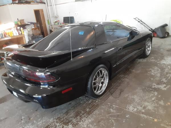 Photo 1997 Pontiac trans am - $8,000 (River Falls)