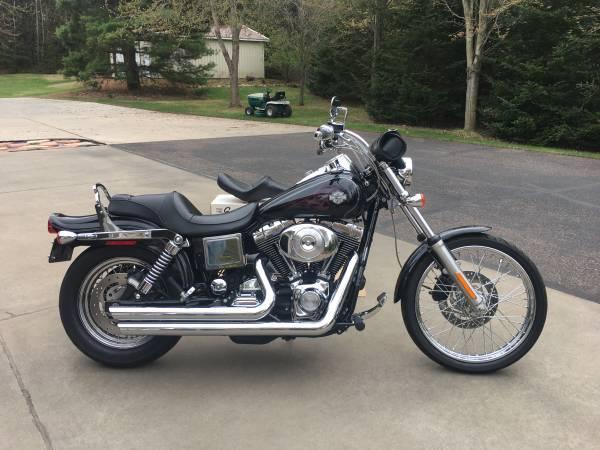 Photo 2005 Harley Davidson Wide Glide - $6,400 (Altoona)