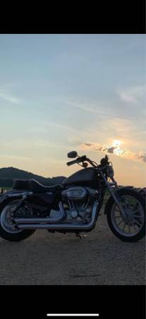 Photo 2007 Harley Davidson Sportster 883. - $5,000 (DURAND)