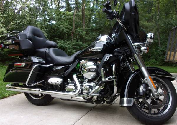 Photo 2016 Harley Ultra Classic - $17,900 (Eau Claire)