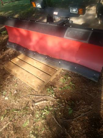 Photo 8 foot Western snow plow - $3,800 (Eleva)