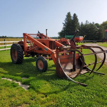 Photo Allis Chalmers WD w Loader and Grapple - $2,200 (Rice Lake)