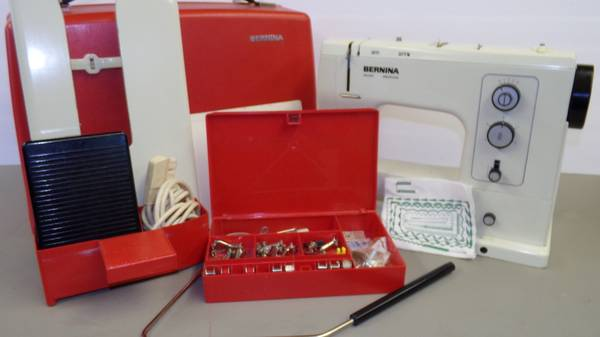 Photo Bernina 830 Sewing Machine - $500 (Chetek)