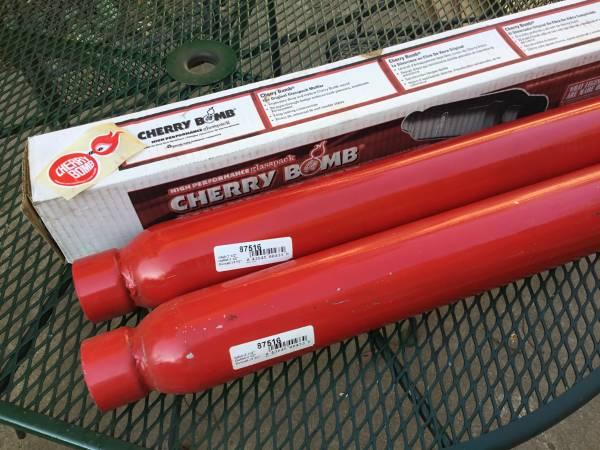 Photo Cherry Bomb Glasspack Mufflers - $80 (Pepin)