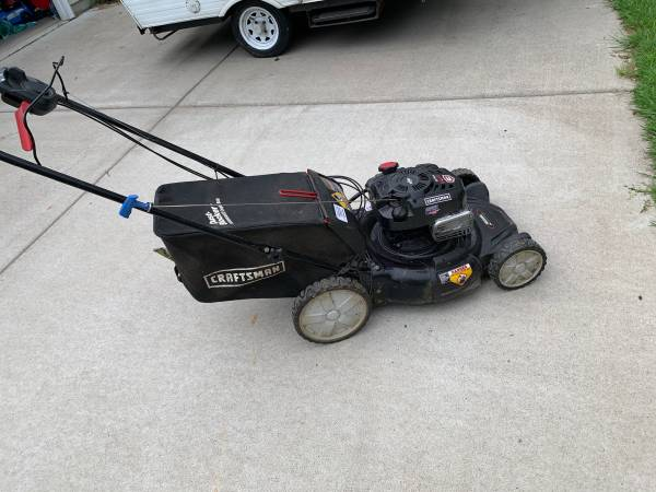 Photo Craftsman 3 in 1 Mower - $180