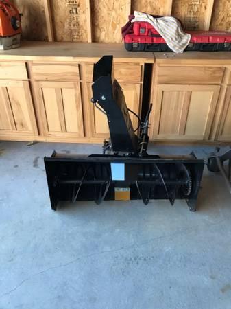 Photo Husqvarna R322T snow blower attachment - $500 (Mondovi, Buffalo county)