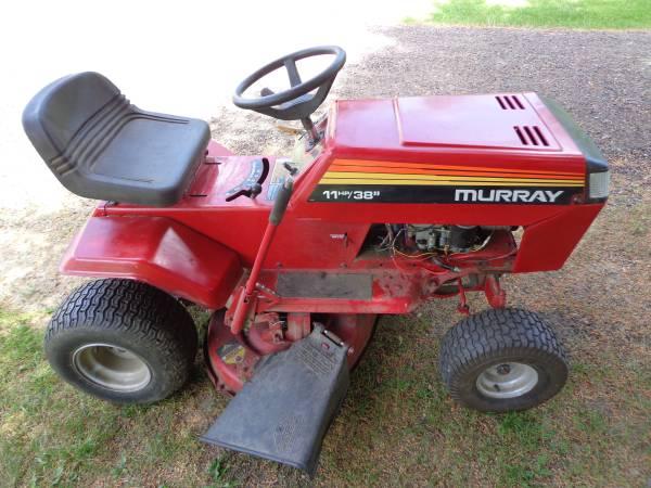 Photo Murray Riding Mower - $275 (glenwood city)