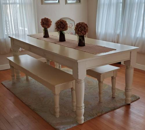 Photo Pottery Barn Farmhouse Dining Set - $1,000 (Black River Falls)