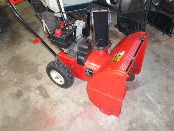 Photo (Snow Blowers) MTD 22 5 Hp Snowblower 2-Stage - Starts on First Pull - $225 (Chippewa Falls)