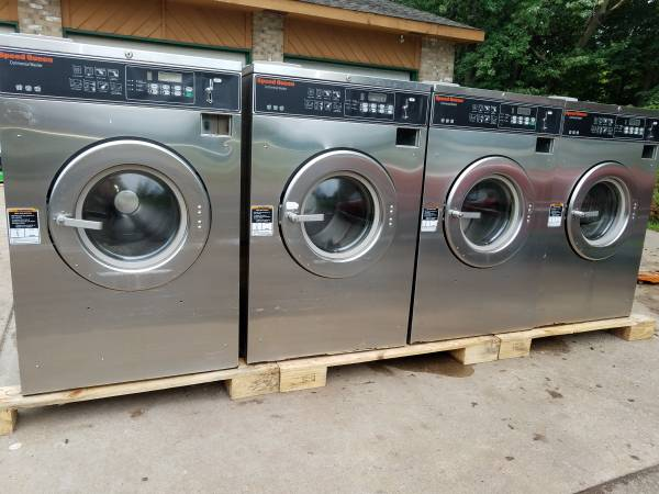 Photo Speed Queen coin-op Washers - $1,200 (Chisago City)