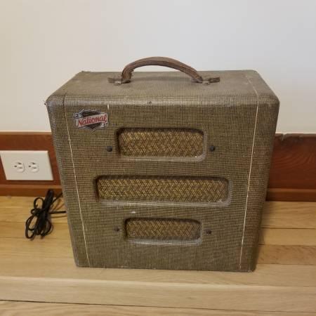 Photo Vintage 1948 Valco National Tube Guitar Amp - $700 (Menomonie)