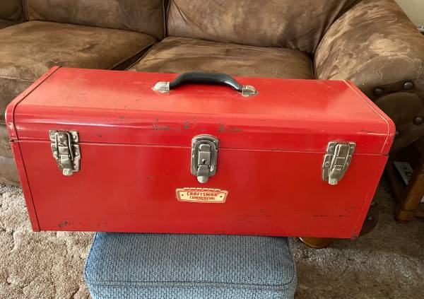 Photo Vintage CRAFTSMAN Commercial Tool Box with Tray in excellent condition - $50 (Eau Claire)
